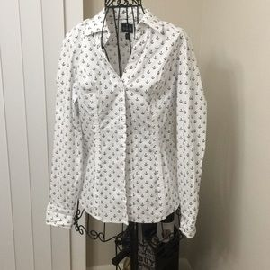 Express essential shirt nautical anchor size small